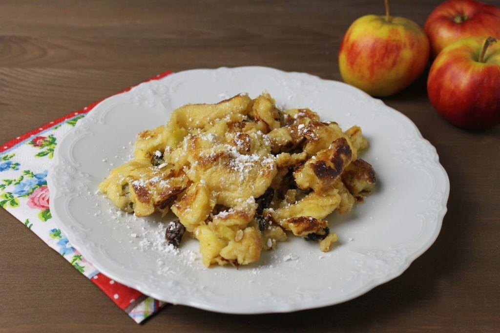 Kaiserschmarrn rezept, kaiserschmarrn selber machen, mit rosinen, mit apfel, schnelle rezepte, schnelle vegetarische rezepte, was koche ich heute