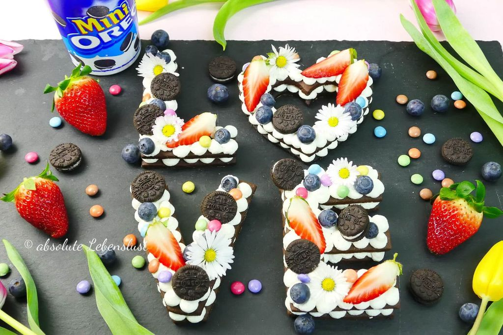 alphabet cake, number cake, alphabet, number, zahlen, buchstaben, torte, kuchen, keksteig, buchstaben torte, cream tarts, selber machen, backen, rezept, oreo torte, letter, rezept, keks