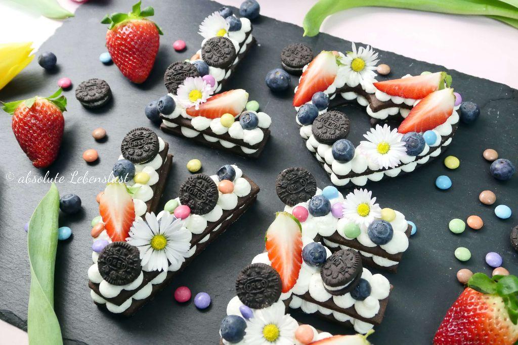alphabet torte, keks torte, kekstorte, kekskuchen, keks kuchen, backen, rezept, selber machen, eifnach, oreo, letter cakes, diy