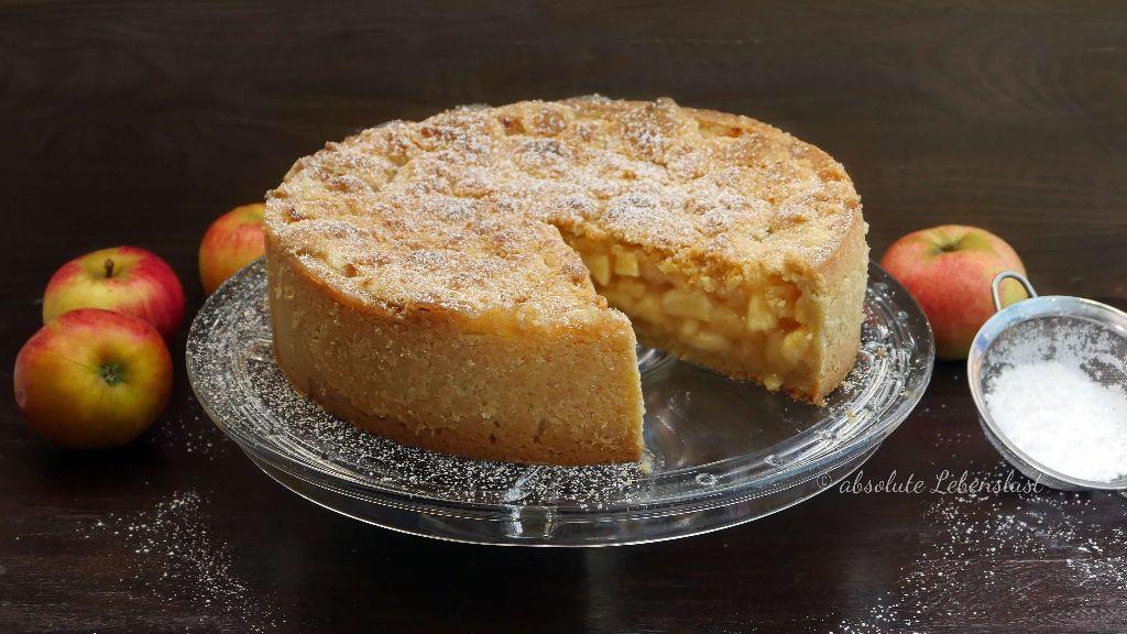 apfelkuchen mit streuseln, apfel streuselkuchen mit pudding, gedeckter apfelkuchen, saftiger apfelkuchen, mürbeteig, apfelkuchen