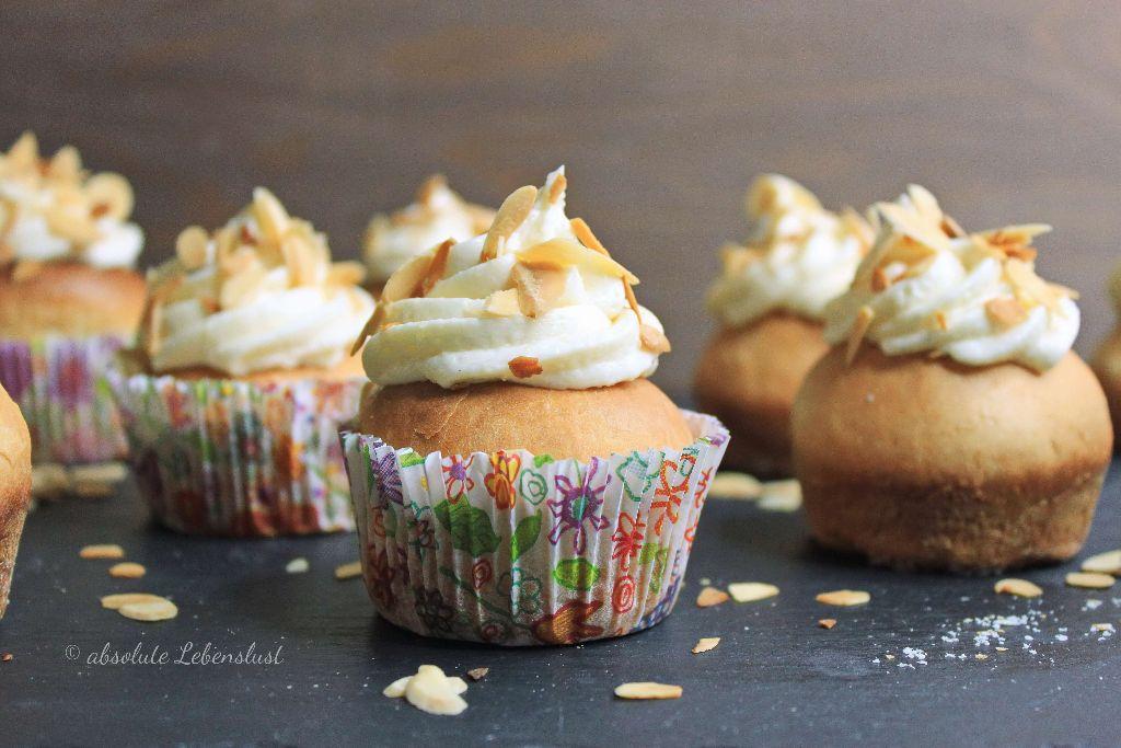 bienenstich cupcakes, bienenstich cupcakes backen, bienenstich cupcakes selber machen, bienenstich cupcakes rezept