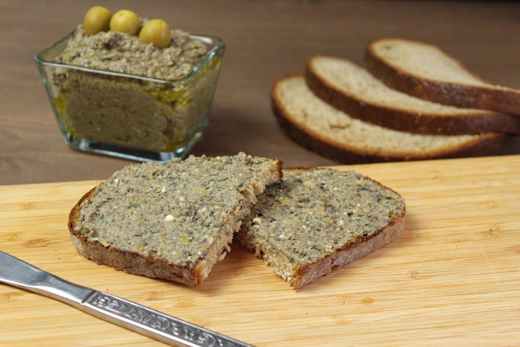 brotaufrisch selber machen, rezepte für brotaufstrich, oliven brotaufstrich, dips selber machen, dips, dip rezept, rezept, rezepte, selber machen, rezepte mit oliven