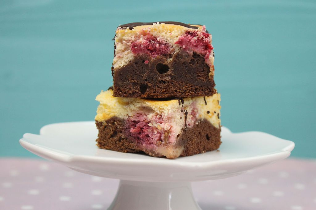 BROWNIE cheesecake, brownie cheesecake rezept, brownie käsekuchen rezept, brownies backen, käsekuchen backen