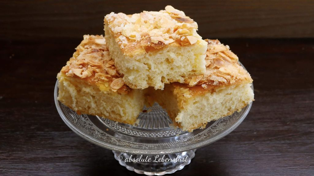 butterkuchen rezept, butterkuchen selber machen, butterkuchen mit mandeln, mit mandelkruste, einfache kuchen rezepte, einfache kucen backen, leckere blechkuchen, ideen