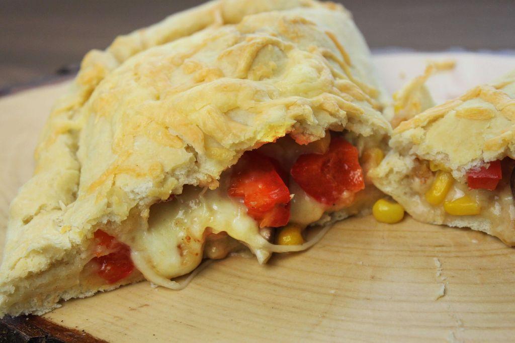 calzone selber machen, calzone rezept, pizzateig selber machen, einfacher pizzateig, vegetarische rezepte, italienische gerichte vegetarisch, vegetarische küche, was koche ich heute