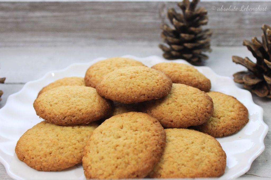 grießplätzchen rezept, grießplätzchen backen, plätzchen rezepte, weihnachtsplätzchen rezepte, schnelle plätzchenrezepte, schnelle plätzchen backen