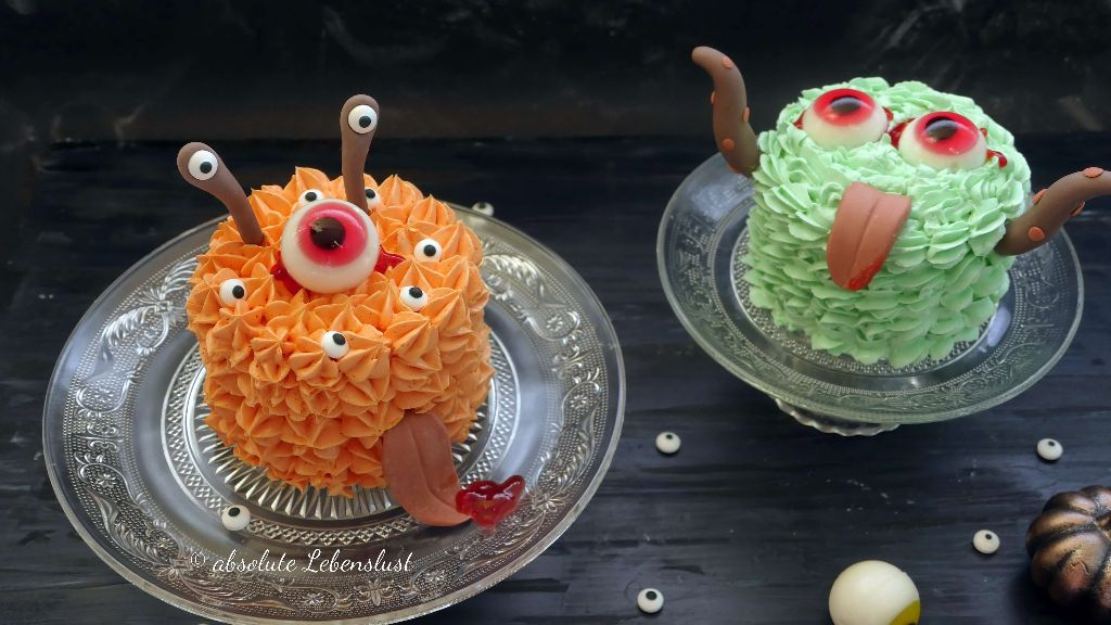 halloween cake, monster cake, alien cake, mini cakes halloween, halloween ideen, halloween snacks, halloween buffet