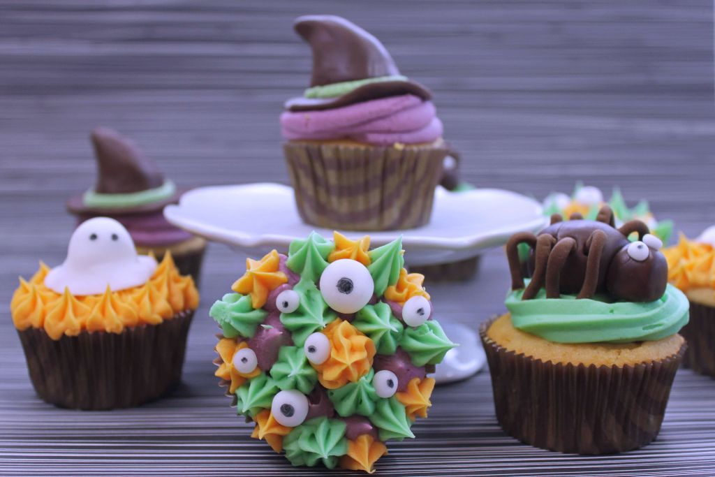 Halloween Cupcakes Gruseliges Halloween Essen Mit Fondant Deko Absolute Lebenslust