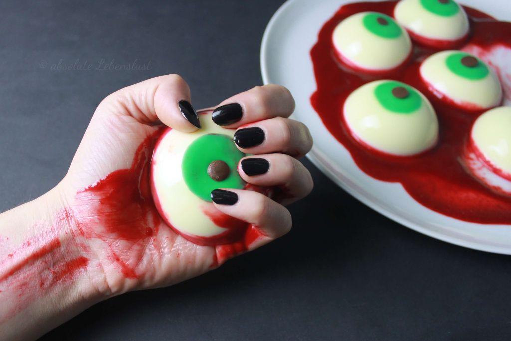 halloween essen, halloween partysnacks, halloween snacks, selber machen, halloween party essen, augapfel törtchen, torte