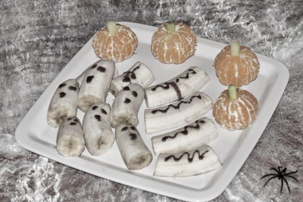 halloween essen, halloween snacks, halloween, mandarinen kürbis, bananen geister, bananen, lecker