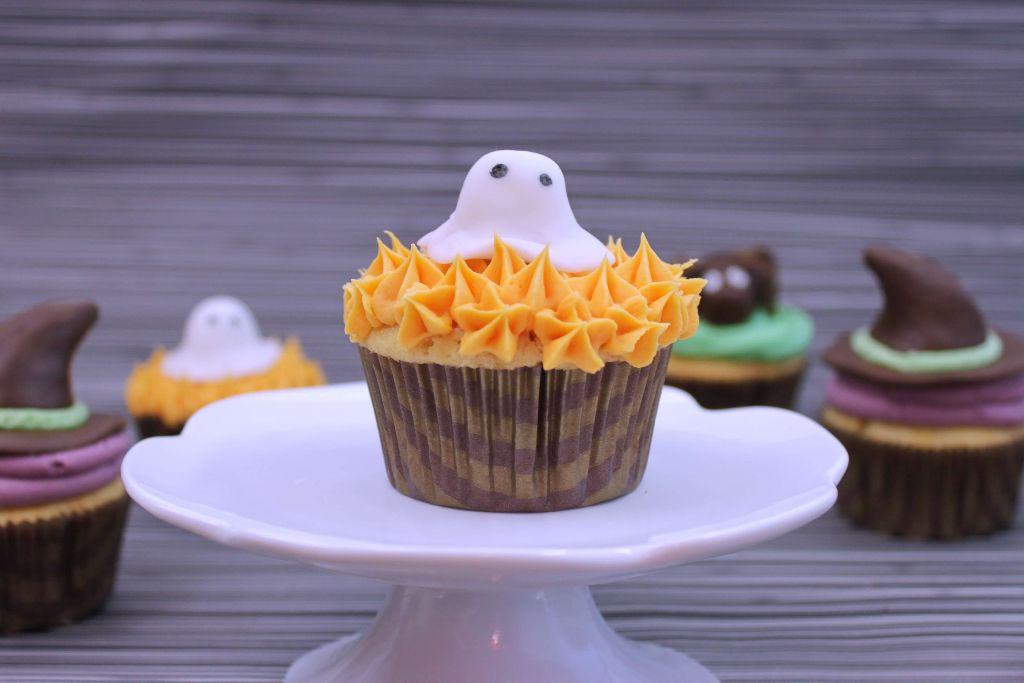 halloween rezepte, halloween rezept, halloween cupcakes, geister cupcakes, gespenster cupcakes, ghost cupcakes