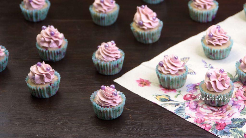 himbeer cupcakes, mini cupcakes, cupcakes dekorieren, cupcakes, backen, rezept, rezepte, cupcake, selber machen, einfach, himbeeren