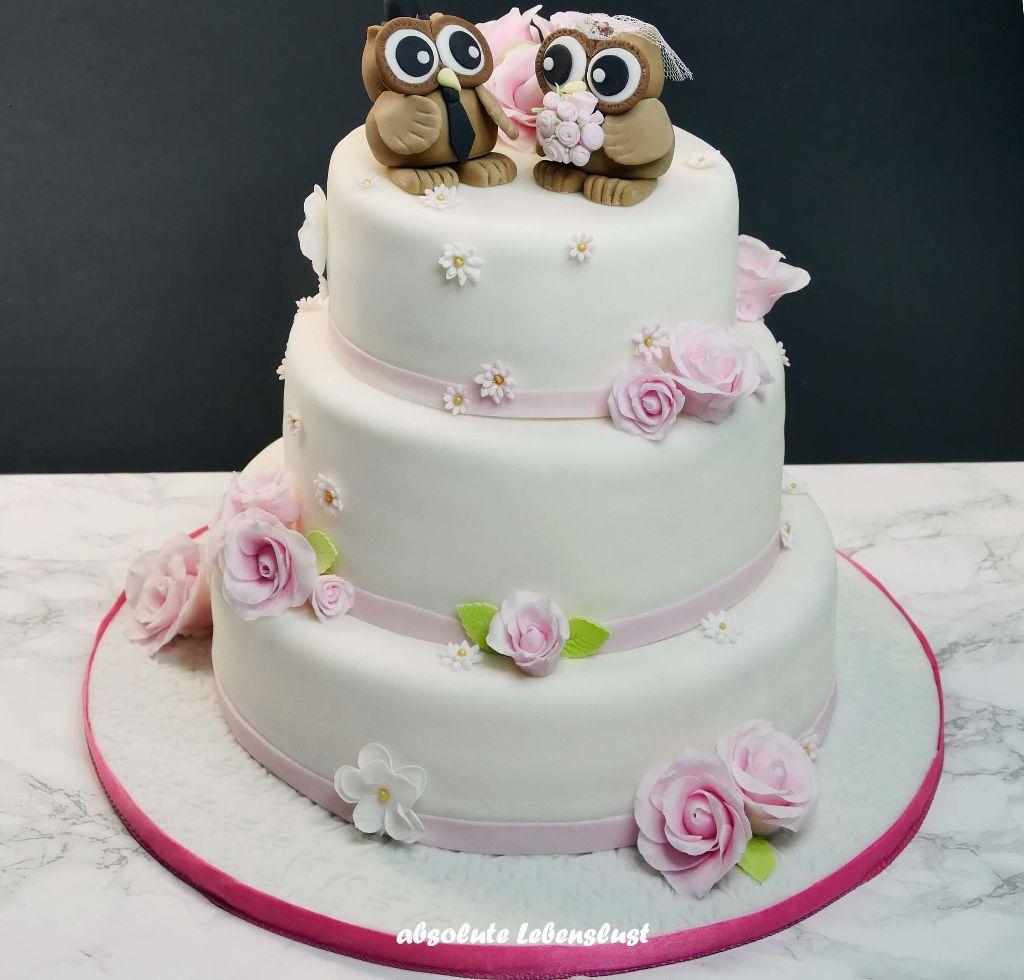 hochzeitstorte, eulen, owls, weddingcake, wedding cake, ideas, ideen, hochzeitsideen, hochzeittorten, fondant, dreistöckige torten