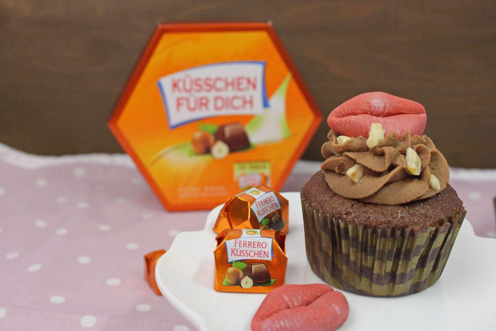 küsschen cupcakes, küsschen kuchen, küsschen torte, backen, rezepte, ferrero küsschen, cupcakes dekorieren, cupcakes backen, cupcakes grundrezept,