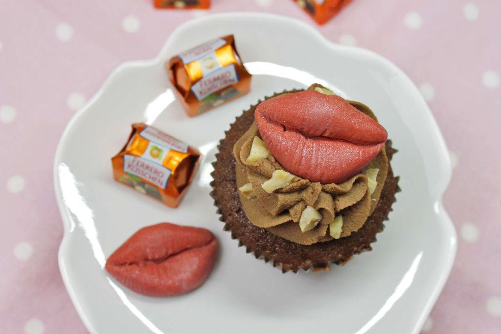küsschen rezepte, küsschen kuchen, küsschen torte, backen, selber machen, rezept, rezepte, cupcake rezepte, cupcakes mit fondant dekorieren, fondant cupcakes