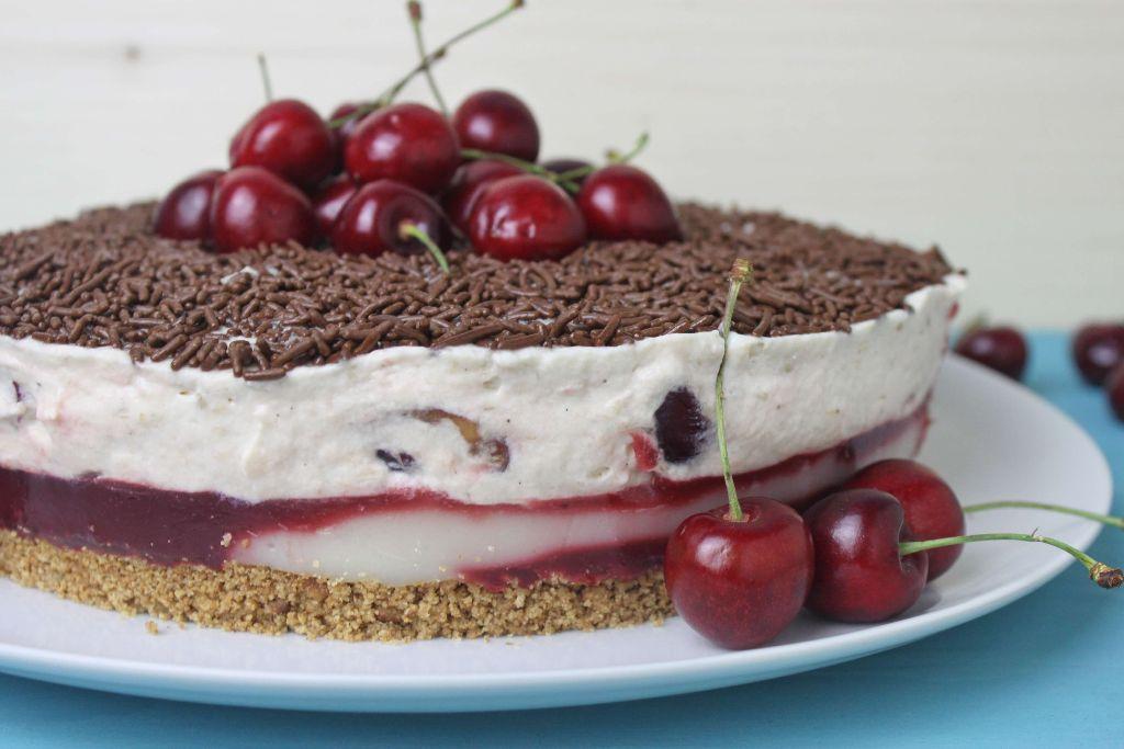 kiba torte, kirsch bananen torte, no bake torte, rezept, no bake rezepte, no bake torten rezepte, kiba kuchen rezept