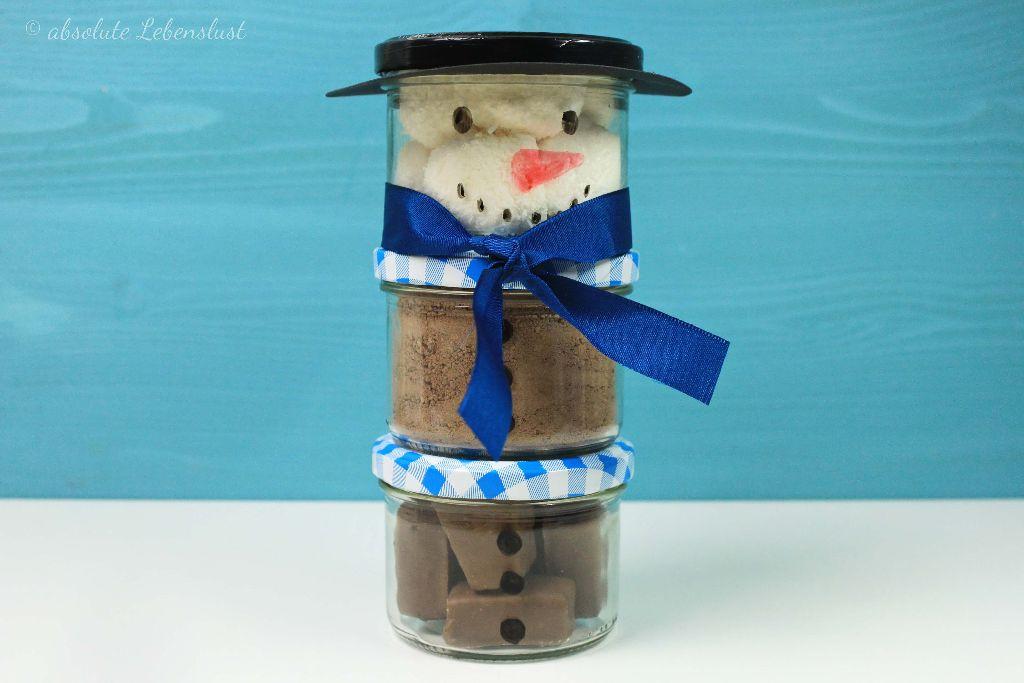 kleine geschenke, backmischung selber machen, kakao selber machen, schneemann kakao, geschenke für männer, wichtelgeschenke, geschenke aus der küche