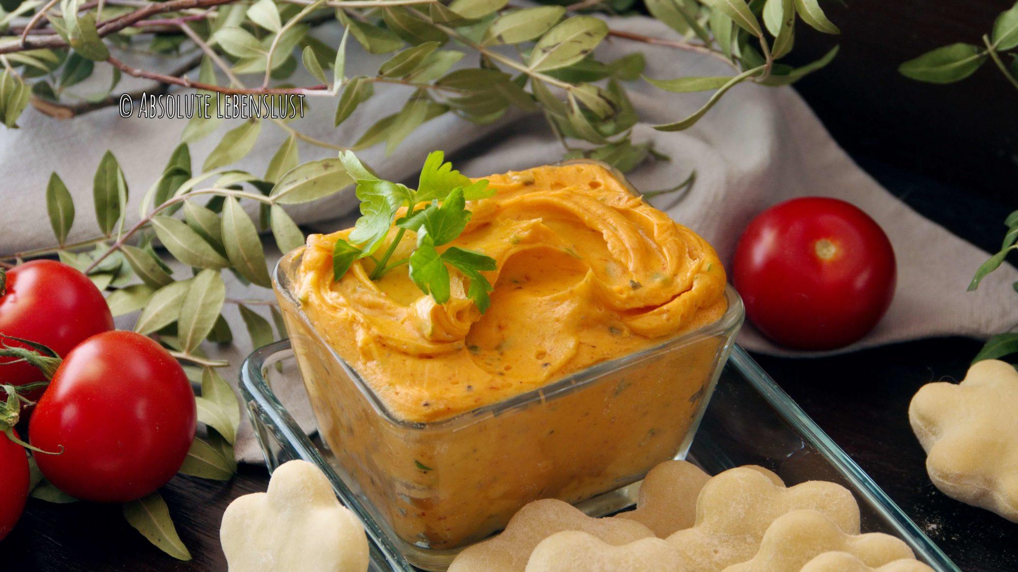 kräuterbutter rezept, kräuterbutter selber machen, tomatenbutter, tomaten kräuterbutter, italienische kräuterbutter, rezept, grillbeilagen