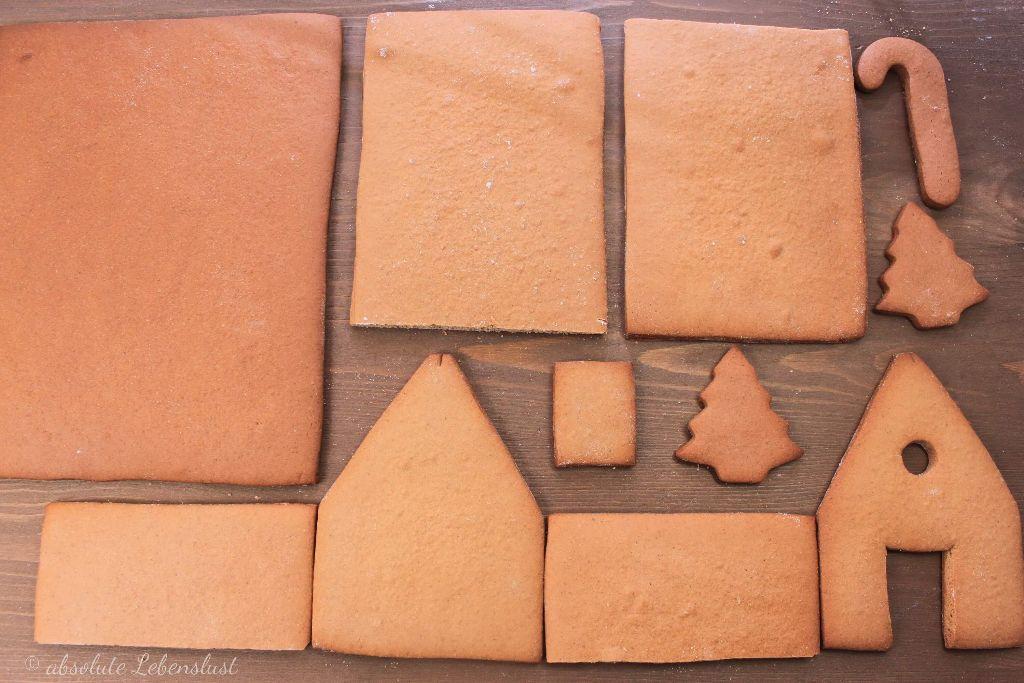 lebkuchenhaus selber machen, lebkuchenhaus dekorieren, lebkuchenhaus backen, vorlage, lebkuchenhaus