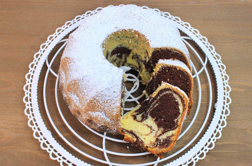 marmorkuchen backen, marmorkuchen rezept einfach, marmorkuchen rezept saftig, leckere kuchen rezepte