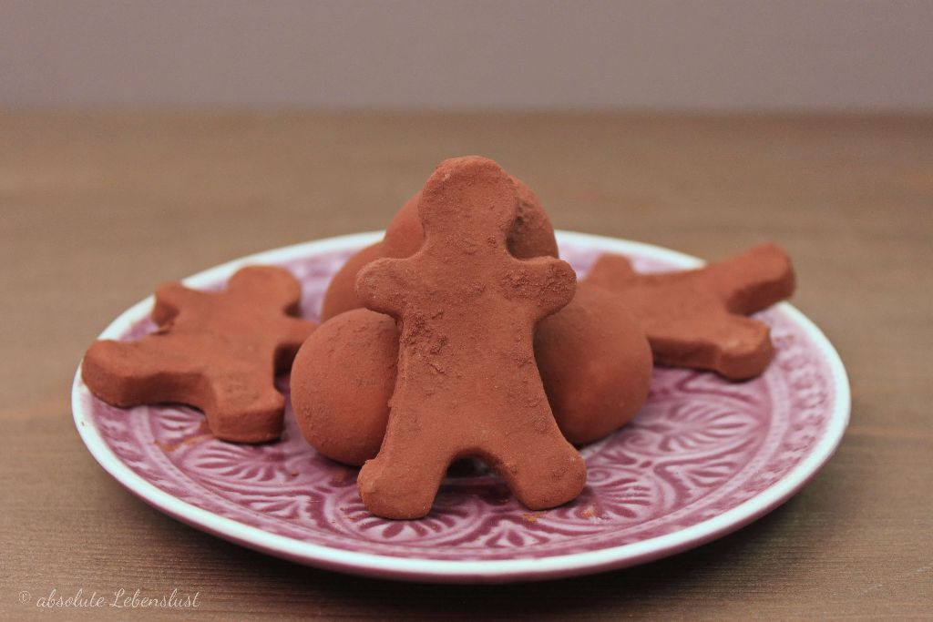 marzipankartoffeln selber machen, marzipankartoffeln formen, marzipan rezepte, in der weihnachtsbäckerei, rezepte