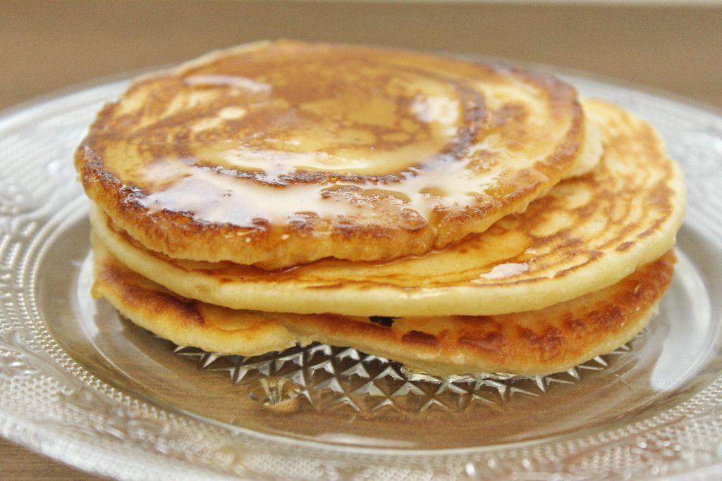 pancake rezepte, pancakes selber machen, pancake rezeptideen, rezeptideen, grundrezept, pancake grundrezept, pancaketeig, normale pancakes, fluffige pancakes