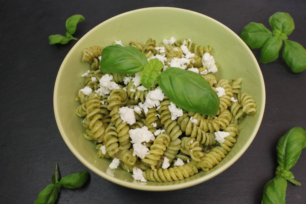 pesto rezepte, pesto selber machen, pesto ideen, pesto genovese selber machen, pesto genovese rezept, grünes pesto, selber machen, rezept