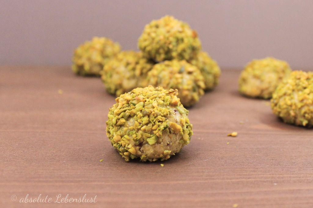 pistazienkugel, pistazien plätzchen, backen, plätzchen rezepte backen, schnelle plätzchen rezepte, plätzchen selber backen