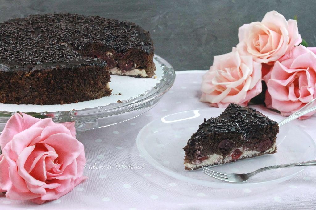 schoko kirschkuchen, schokokuchen mit kirschen, käsekuchen füllung, cheesecake füllung, schoko käsekuchen, schoko cheesecake, backen, selber machen, rezept