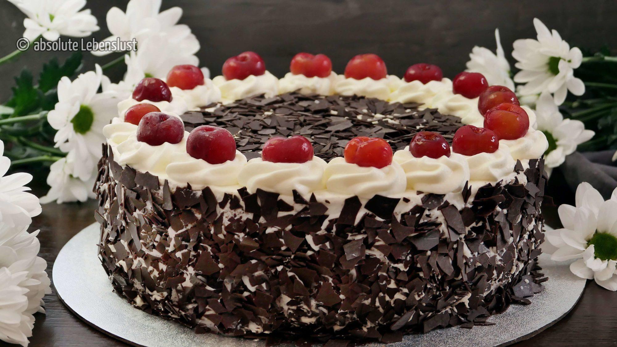 schwarzwälder kirschtorte, schwarzwälderkitschtorte, klassische torten, rezepte, backen, einfach, original schwarzwälder, kirschtorte