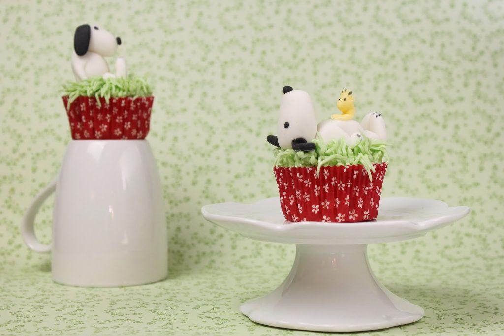 snoopy cupcake topper, snoopy muffins, snoopy cupcakes, snoopy torte, snoopy kuchen, backen, selber machen, rezept, rezepte, fondant cupcake topper, absolute lebenslust, törtchen törtchen