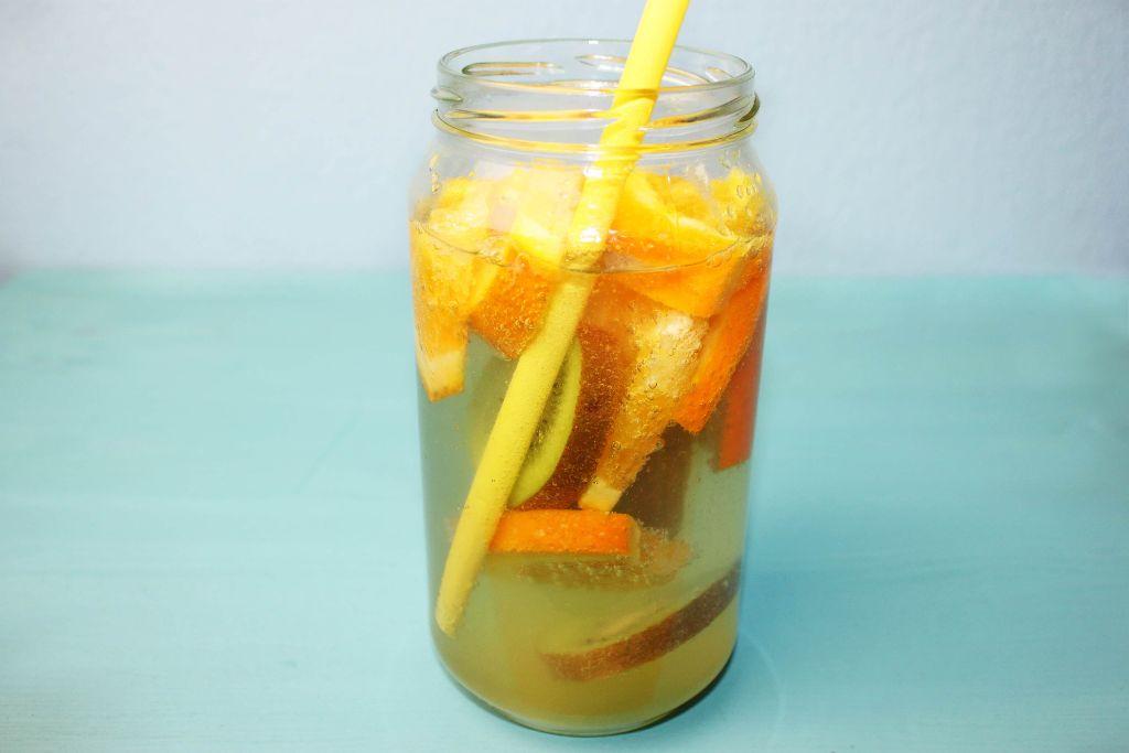 Erfrischende Getränke für den Sommer selber machen | absolute ...