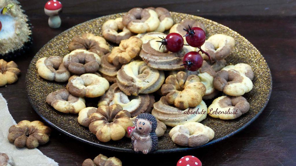 spritzgebäck, mit gebäckpresse, gebäckpresse, wilton, spritzbeutel, einfache plätzchen, marmor kekse, marmor plätzchen, schoko vanille, plätzchen, kekse, backen