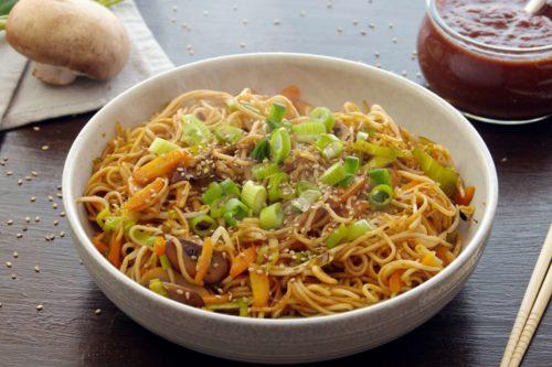 tonkatsu sauce, tonkatsu nudeln, tonkatsusauce, tonkatsu, rezept, selber machen, kochen, gebratene nudeln