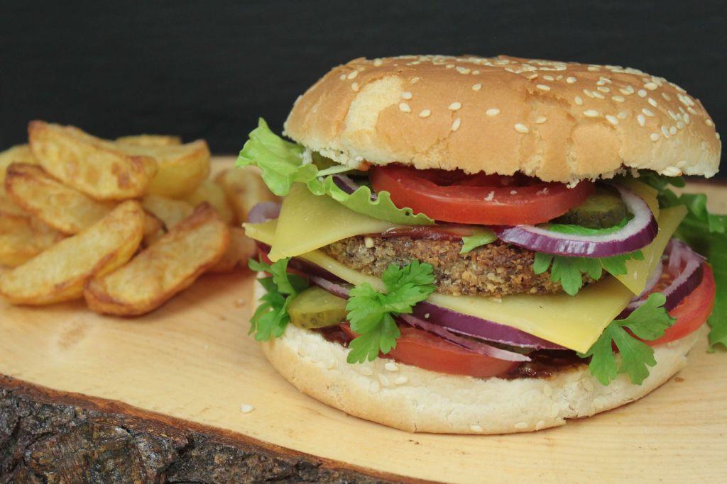 vegetarische rezepte, leckere vegetarische rezepte, vegetarisch grillen, vegetarische burger selber machen, vegetarische burger rezepte, ausgefallene burger rezepte