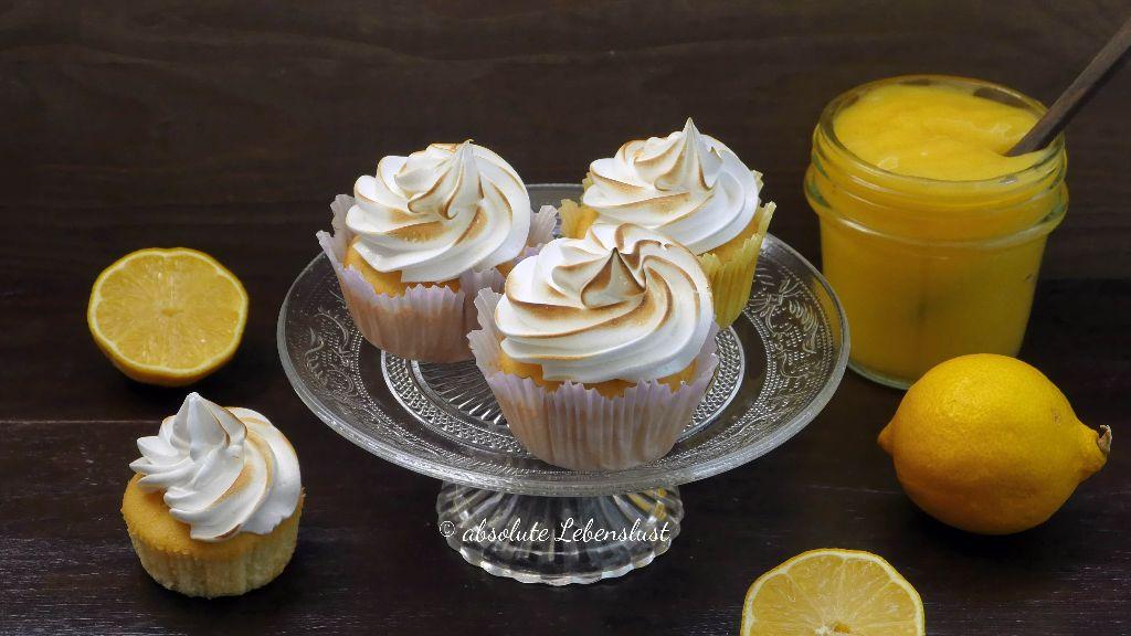 zitronen cupcakes, zitronen muffins, backen, rezept, rezepte, selber machen, lemon curd, cupcakes dekorieren