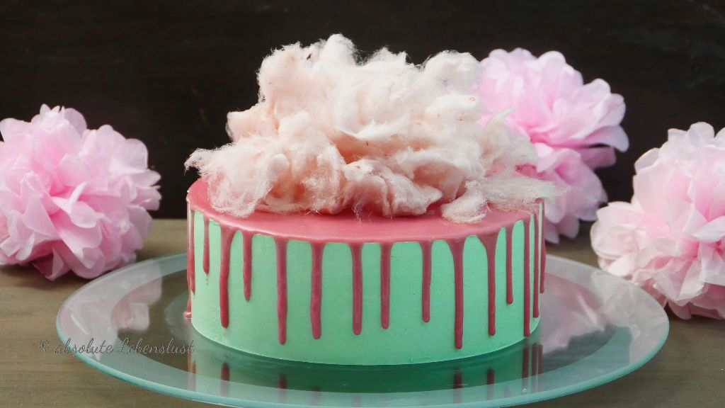 zuckerwatte drip cake, drip cake selber machen, drip cake anleitung, drip cake rezept, bunte torte ohne fondant